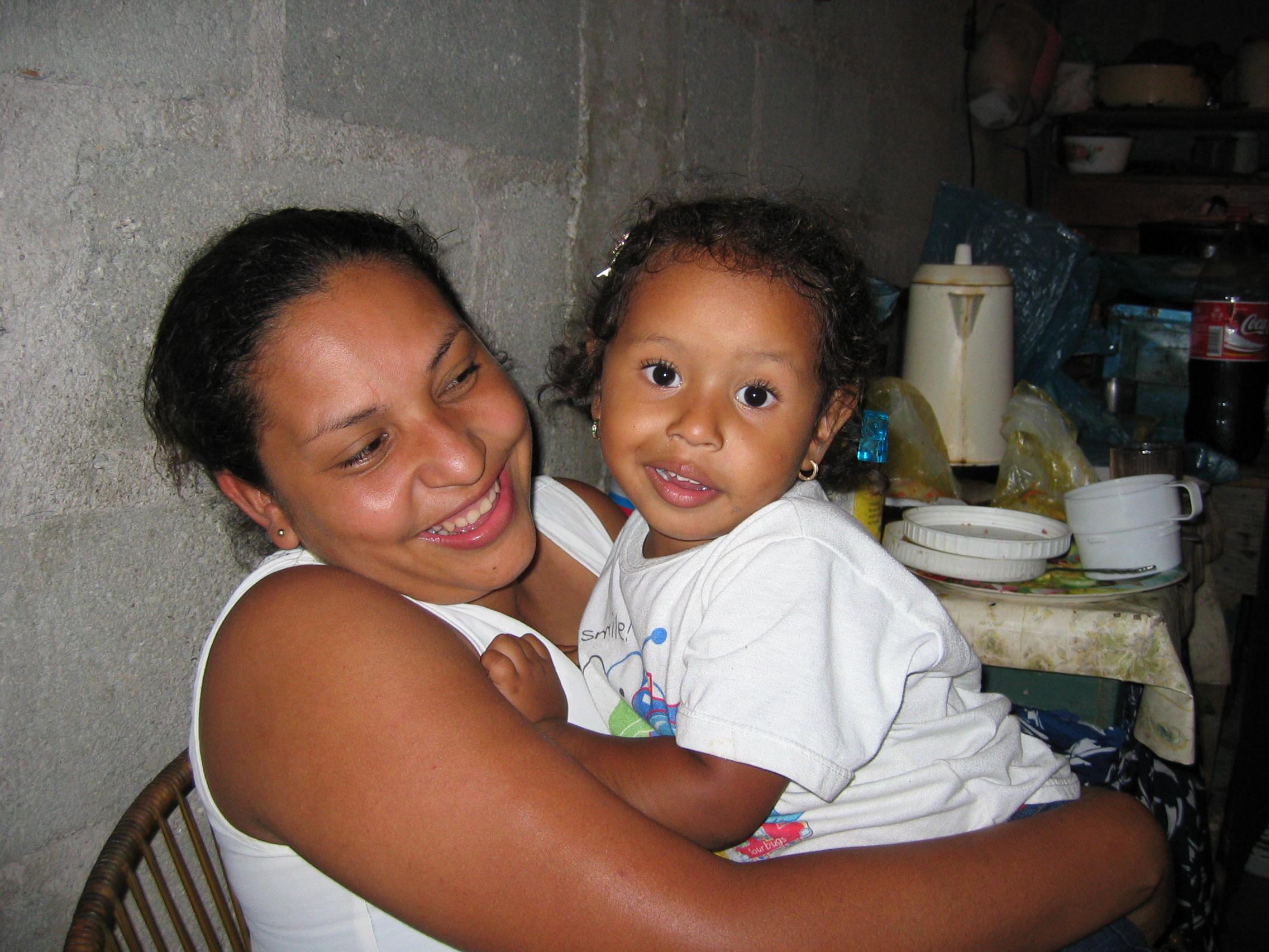 Jasmín and her mother María Isabel in Tegucigalpa in 2003.